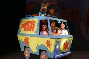 07 Scooby-Doo Live! Musical Mysteries - Mystery Machine