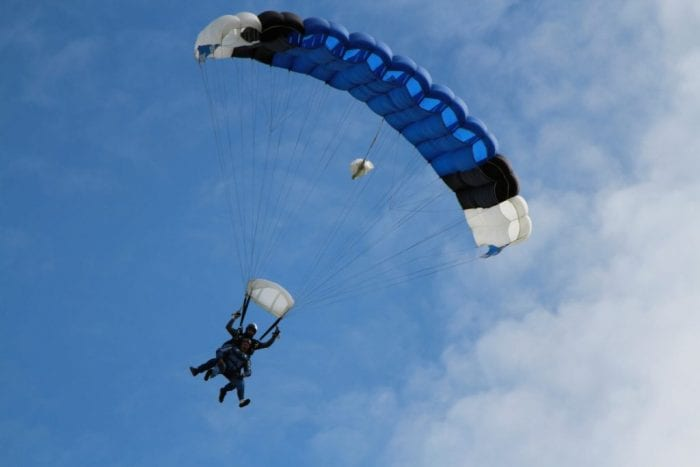 skydiving | para glide | jump out of plane | tandem skydive