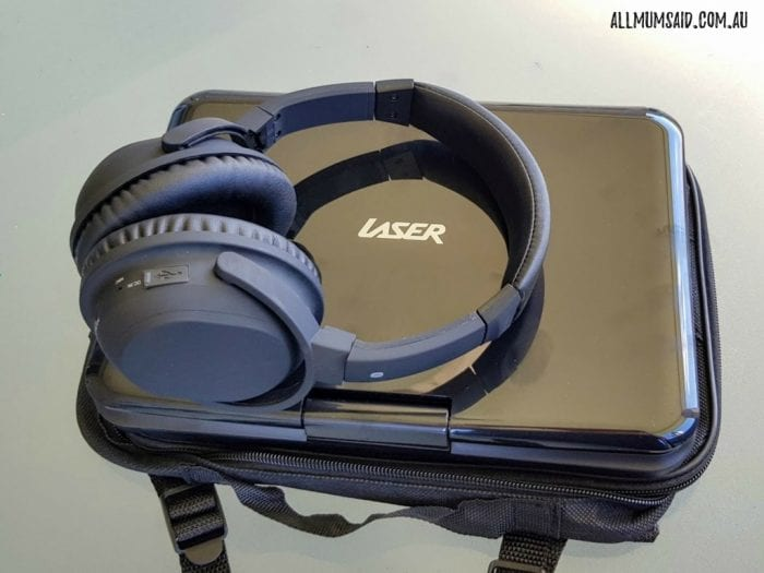 """Laser portable DVD player 10"""" with Laser noise cancelling headphones"""