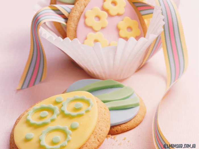 Easter gift ideas that aren't chocolate - cookie decoration